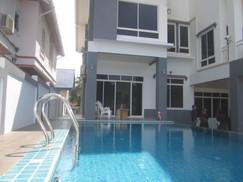 5 Bedroom Pool House 172B (5).JPG