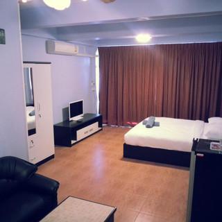 15 Room Guesthouse Jomtien (6).jpg