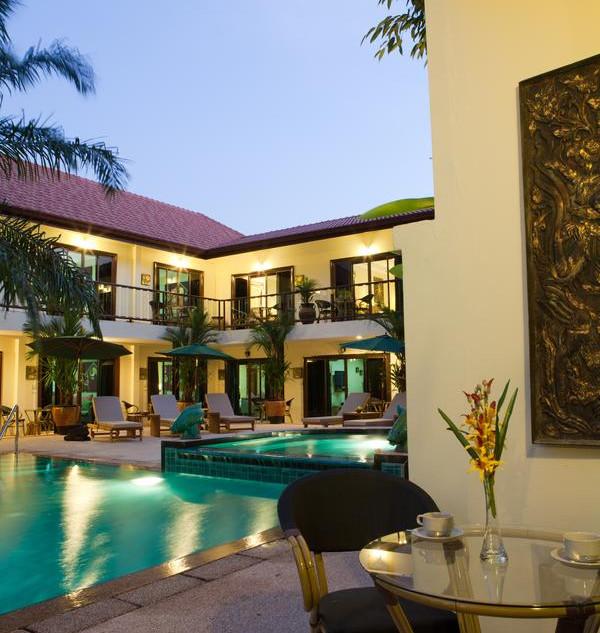 42 Room Resort Style Hotel (32).jpg
