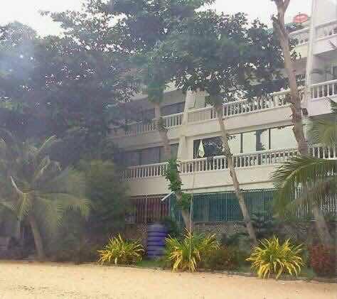 Naklua Town home Beach front (1).jpg