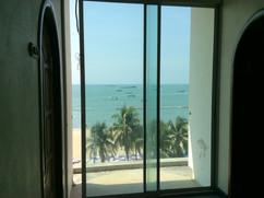 Pattaya Beach front Building (15).JPG