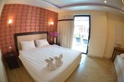 Pratumnak 23 Room Resort Sale (9).jpg
