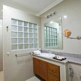 42 Room Resort Picture 20.jpg