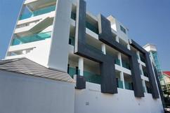 62 Room Resort (43).jpg