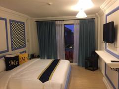 30 Room Pool Hotel  (19).jpg