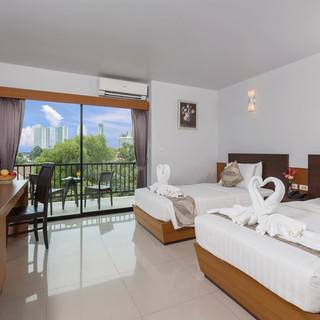95 Rooms Resort Hotel (16).jpg
