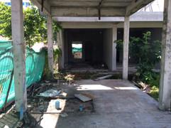 600 Sqm Land with building near beach (7