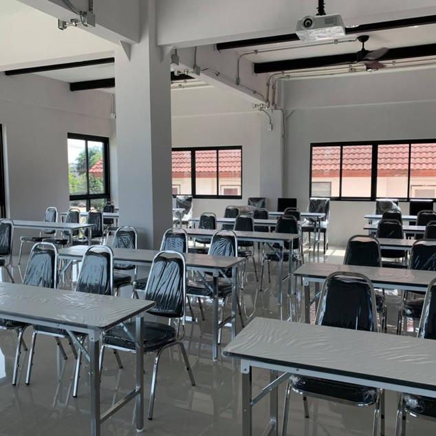Meeting Room (1).jpg