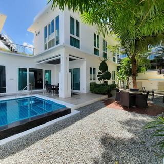 Modern 5 Bedroom Pool Villa in Village for Sale (13).jpg