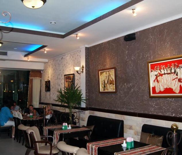 Naklua_Café_Restaurant_Take_Over_(9).jp