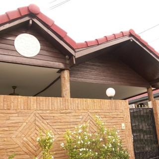 Pool House (2) (Small).jpg