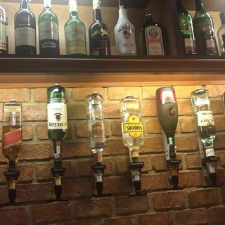 Jomtien Pub Restaurant + 6 Rooms (5).jpg