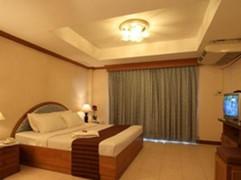 100 Rooms Jomtien (1).jpg