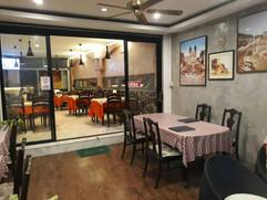 Restaurant near beach (6).jpg
