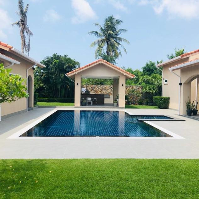 East Pattaya Luxurious Pool Villa  (4).j