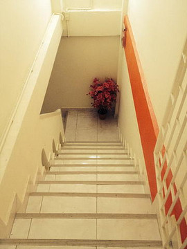 8 Rooms Guesthouse (12).jpg