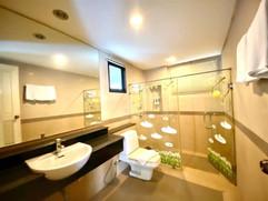 12m THB 3 Bedroom Villa North Pattaya (5).jpg