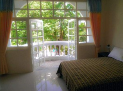 7 Rooms Guesthouse (1).png