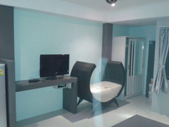 High End 20 Room Residential Building (2