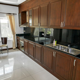 5 Bedroom Pool Villa East Pattaya (27).j
