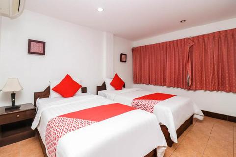 24 Room Guesthouse Jomtien (6).jpg