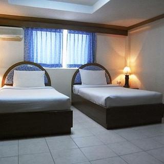 100 Rooms Jomtien (5).jpg
