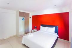 28 Room Hotel (42).jpg