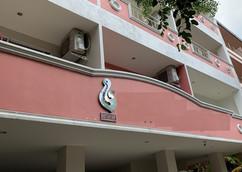 32 Rooms Pattaya (19).jpg