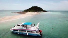 Discounted Catamaran (5).jpg