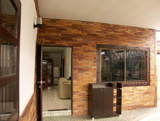 Pool House (4) (Small).jpg