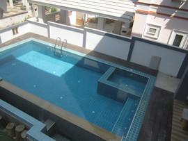 5 Bedroom Pool House 172B (18).JPG