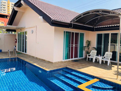 Jomtien 3 Bedroom Pool Villa (14).jpg