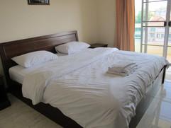 68 Room hotel for rent (19).jpg