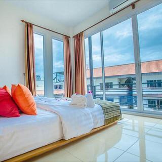 5 Bedroom  Guesthouse (11).jpg