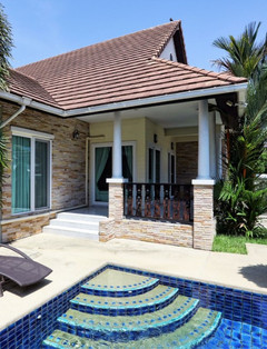 Jomtien 4 Bedrooms Pool Villa Sale (5) -