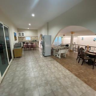 Private Pool House East Pattaya (3).jpg