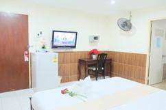 Guesthouse Center Pattaya (4).jpg