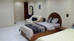 8 Rooms plus shop Jomtien Sale (21).jpg