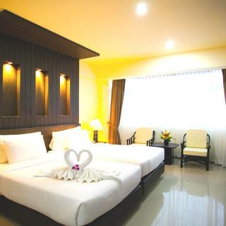 136 Room Hotel for Sale (11).jpg