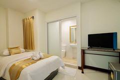 Pattaya Center 24 Room Hostel (29).jpg