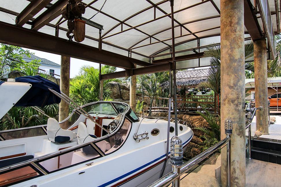 Jomtien Yacht Club (2).jpg
