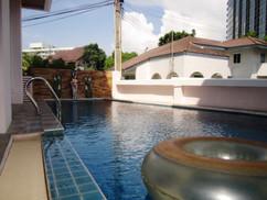 4Bedroom Pool House 172A (1).JPG