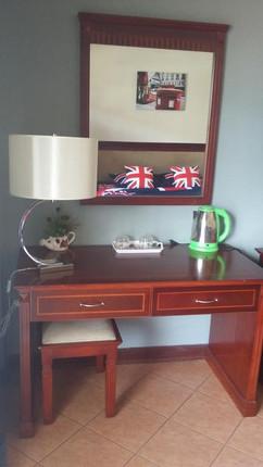 11 Room Guesthouse Bar (11).jpg