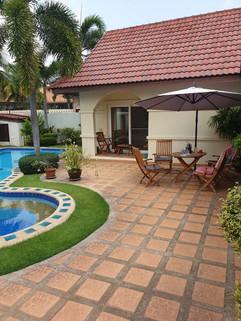 3 Bedroom Pool Villa Jomtien (3).jpg