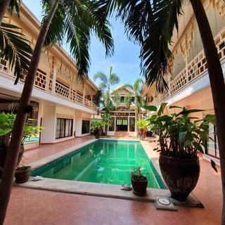 19 Room Resort (12).jpg