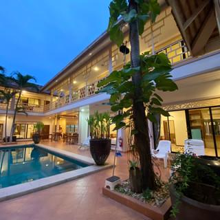 19 Room Resort (20).jpg