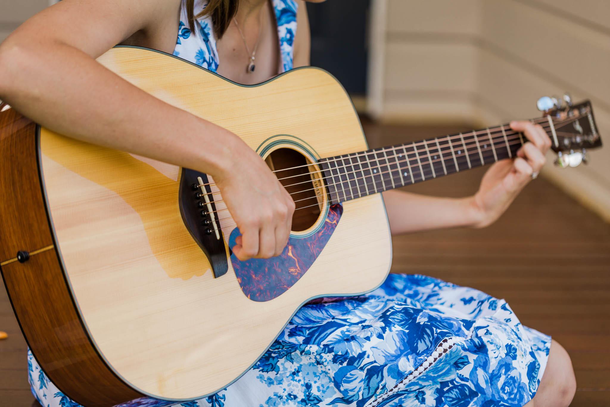 Guitar or Ukulele