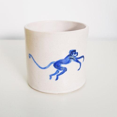 Little monkey pot/cup