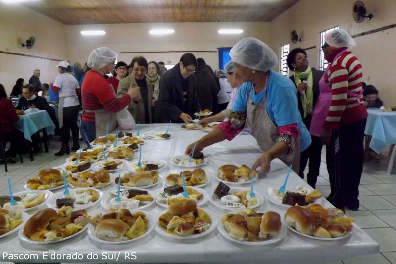 Chá reuniu animadoras de capelinha e comunidade de Eldorado do Sul. Foto: Pascom Eldorado do Sul