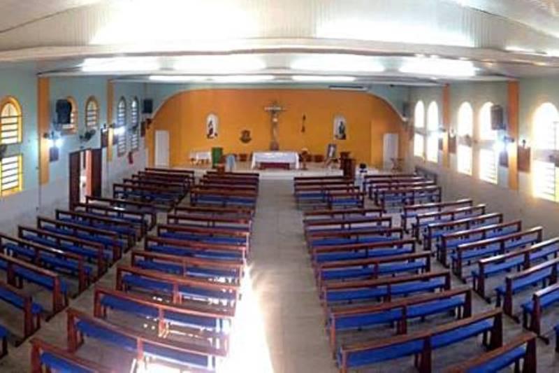 Comunidade tem contribuído para melhorias na igreja. Foto: divulgação